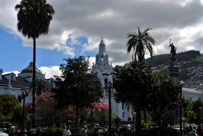 tour du monde famille Séchet - Quito - 0 (Copier)
